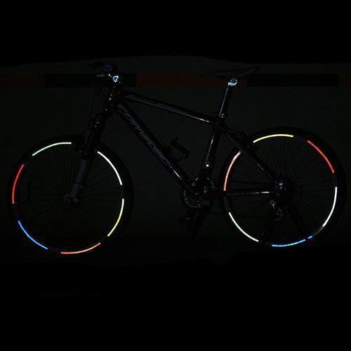B014 Fluorescente MTB Bicicleta Bicicleta Motocicleta Rueda Neumático Neumático Pegatinas Reflectantes Tira Calcomanía Cinta Seguridad Plata Moda