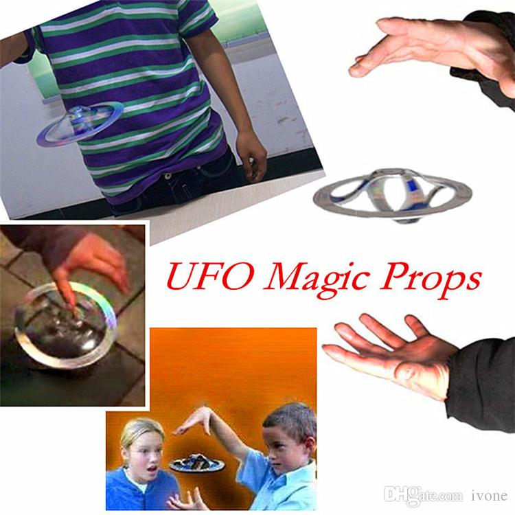 16CM UFO flying saucer magic tricks prop Suspended flying saucer Air suspension aircraft children toys C1031