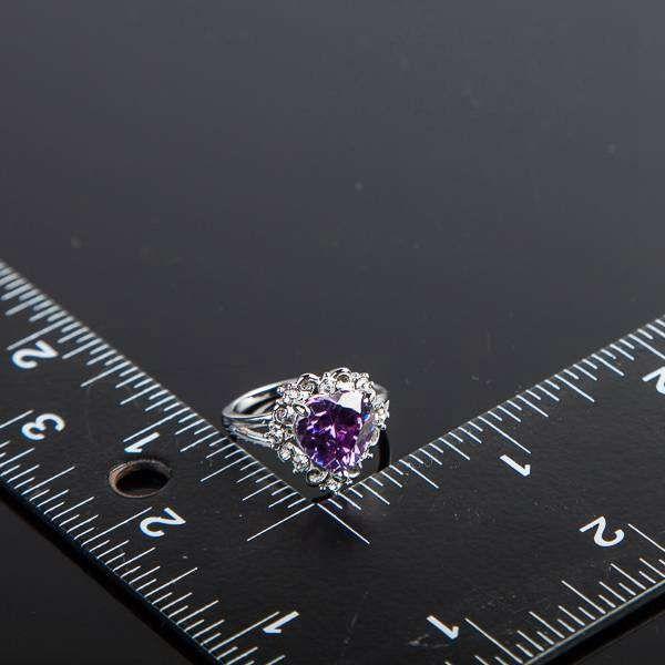 Neoglory Jewelry Swarovski Elements Couleur Mousseux Or / Pourpre Stellux Cristal Autrichien Coeur Bague Amour Pour Femmes