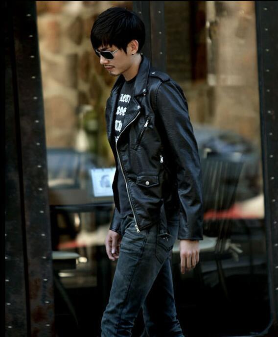 Chaqueta de cuero Hombres Turn-down Collar Streetwear PU Chaquetas de cuero para hombre Skull Punk Envío gratis