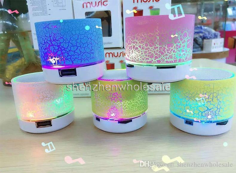 Speakers Mini Speaker Bluetooth LED Stereo coloridas piscam A9 Handsfree sem fio Speaker Rádio TF FM USB para o telefone móvel com caixa de varejo