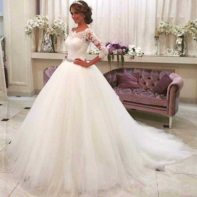 3/4 Sleeves Bateau Neckline Tulle Vintage Lace Wedding