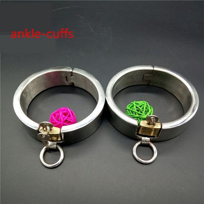 Dispositifs en acier très résistants de chasteté les colliers d'esclave menottent les fers de poignet fers de verrouillage de bondage fers / jouets de sexe réglés
