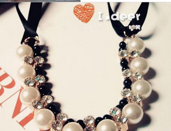 Señoras babero gargantilla joyería collar de perlas encanto del diseño colgante collares llamativos collar de perlas envío gratis regalo de navidad para dama
