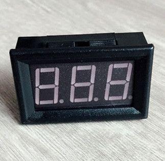 0.56 inç DC25-500V Dijital Kırmızı LED Ekran Voltmetre Ev Kullanımı araba Araçlar Gerilim 3 Teller ile