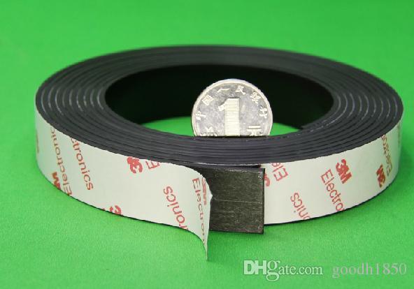 Ímã de borracha adesivo de 3M: Tamanho de 1m l 15mm W * 1.5mm t; tira do ímã de borracha adesiva, tiras do ímã da cola