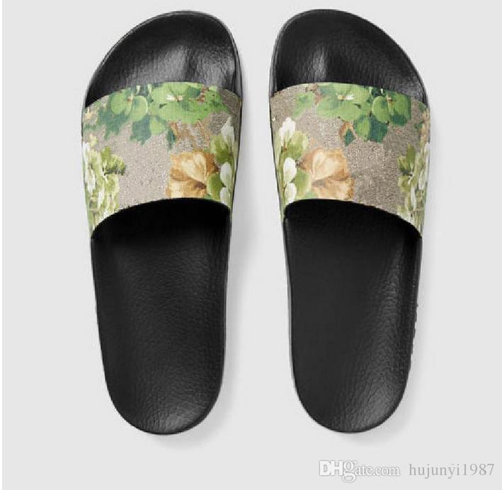 97b6534d3cbe5 2017 Fashion Slide Sandals Slippers for Men And Women Hot Designer ...