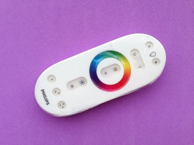 Wholesale-For Philips Hue Remote Control for Light Bulbs Aura Iris Bloom  Lamp BR30 A19 GU