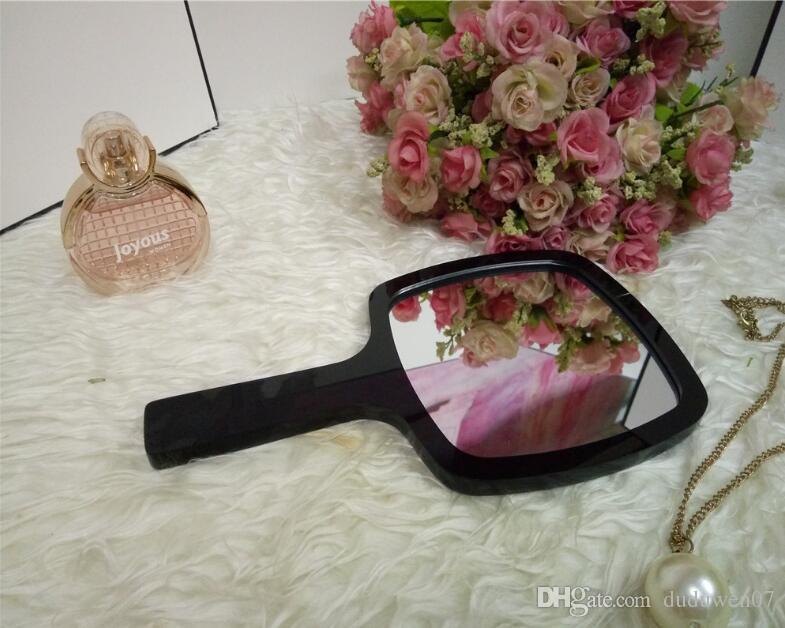Clássico Branco e preto acrílico Espelho de maquiagem Authentic Vintage Espelho de Mão Cosméticos Ferramentas com caixa de presente VIP