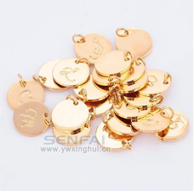Wholesale- Wholesale Top Quality A-Z Gold Plated Charms Letter Stamp Initial Jewelry,Gold Disc Pendant alphabet Beads Charm for DIY Jewelry