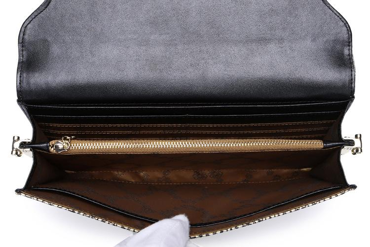 New women first layer cowhide magnetic buckle single shouler messenger clutch lady fashion casual Genuine leather rivet wallet gold/silver