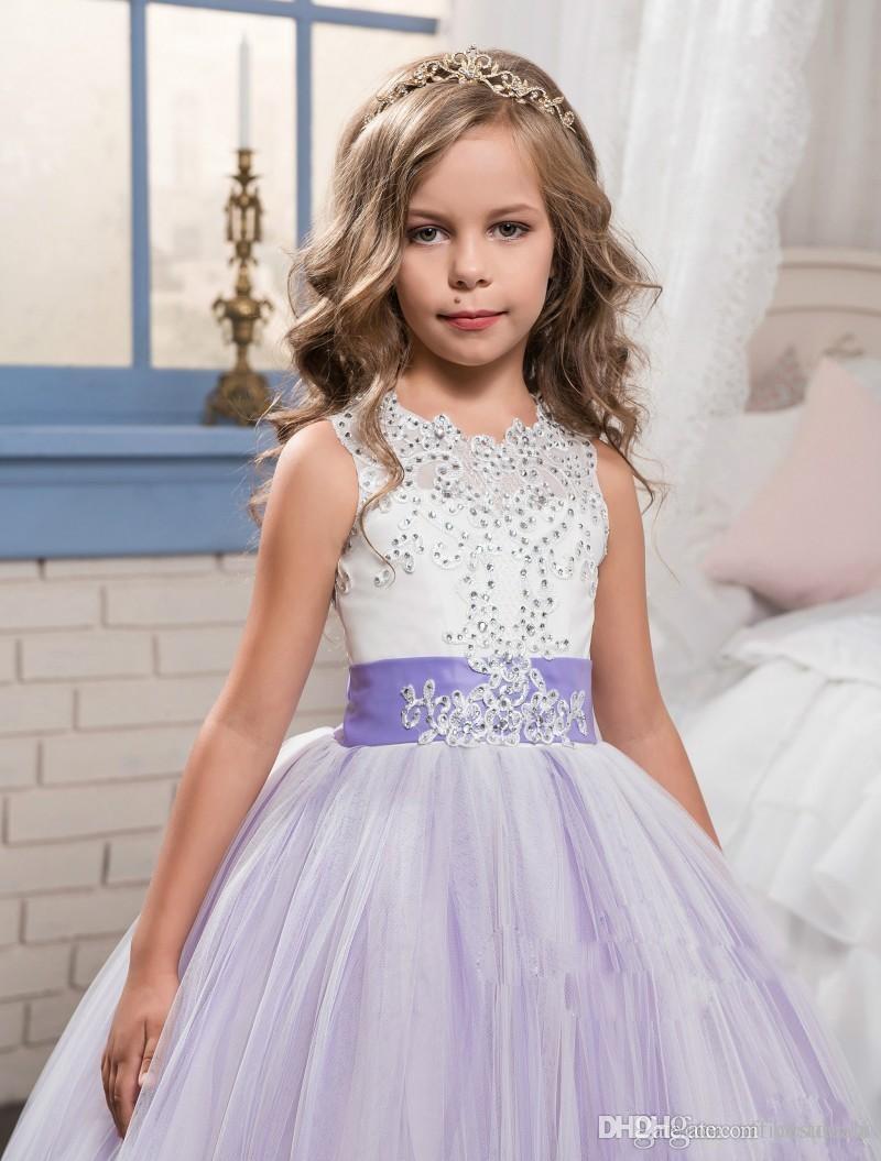 2019 Belle ragazze fiore viola e bianco abiti in rilievo di pizzo appliqued archi abiti pageant bambini festa di nozze