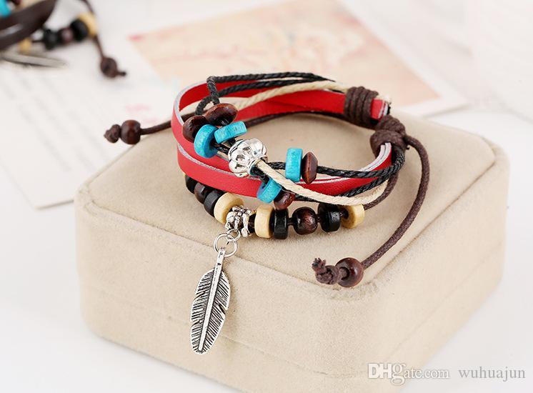 Pulseras de cuero para hombres Pulsera colgante de aleación de los hombres Pulseras de la vendimia Pulseras de cuentas de madera pulsera Tamaño ajustable