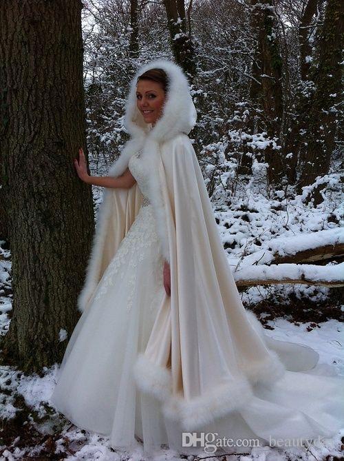 2020 Winter Bridal Wraps 웨딩 코트 소프트 가짜 모피 따뜻한 웨딩 숄 아우터웨어 망토 Women Jacket Prom Evening Bridesmaid Team