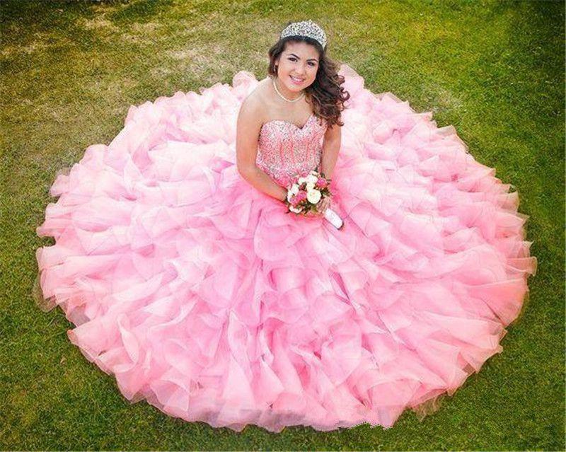 2019 New Blush Pink Sweet 16 Quinceanera Kleider Ballkleid Prinzessin Prom Kleider Perlen Kristalle Rüschen Rock Formale Abendkleid tragen