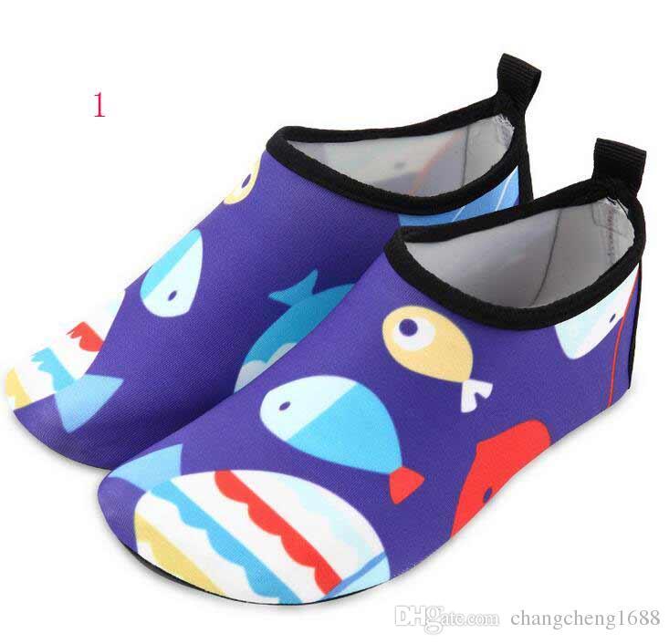 ユニセックスの水泳水の靴の大きいサイズの漫画クイックドライスリップ裸足の皮の靴run dive surf水泳のビーチヨガビーチ送料無料