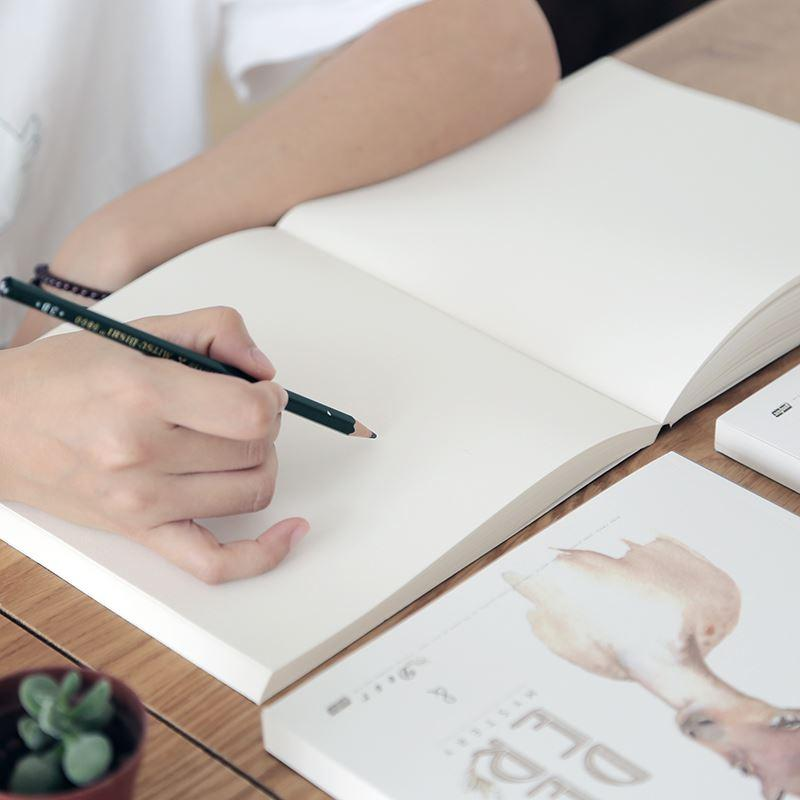 2018 art drawing elemental essay drawing illustration primary school student painting supplies blank graffiti children s drawing books from tongli0410