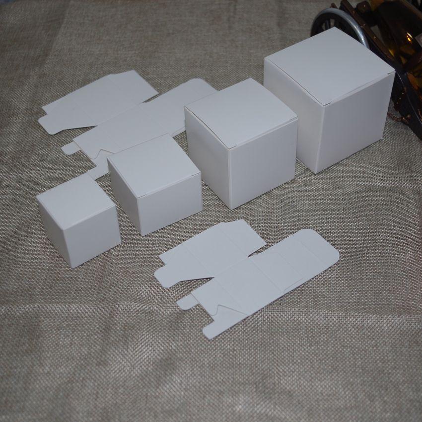 2016 Tubetes 50 pçs / lote 6 cm x 6 cm x 5 cm-12 cm 8 tamanhos caixa de papel Kraft cor branca Diy Batom garrafa de perfume embalagem para tubo de válvula pacote