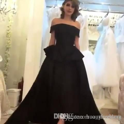 Arabo Saudi Custom Made 2019 Abiti da sera neri Principessa al di sotto della spalla Guaina Lunghezza del tè Prom Dresses con gonna oversize Abiti celebrità