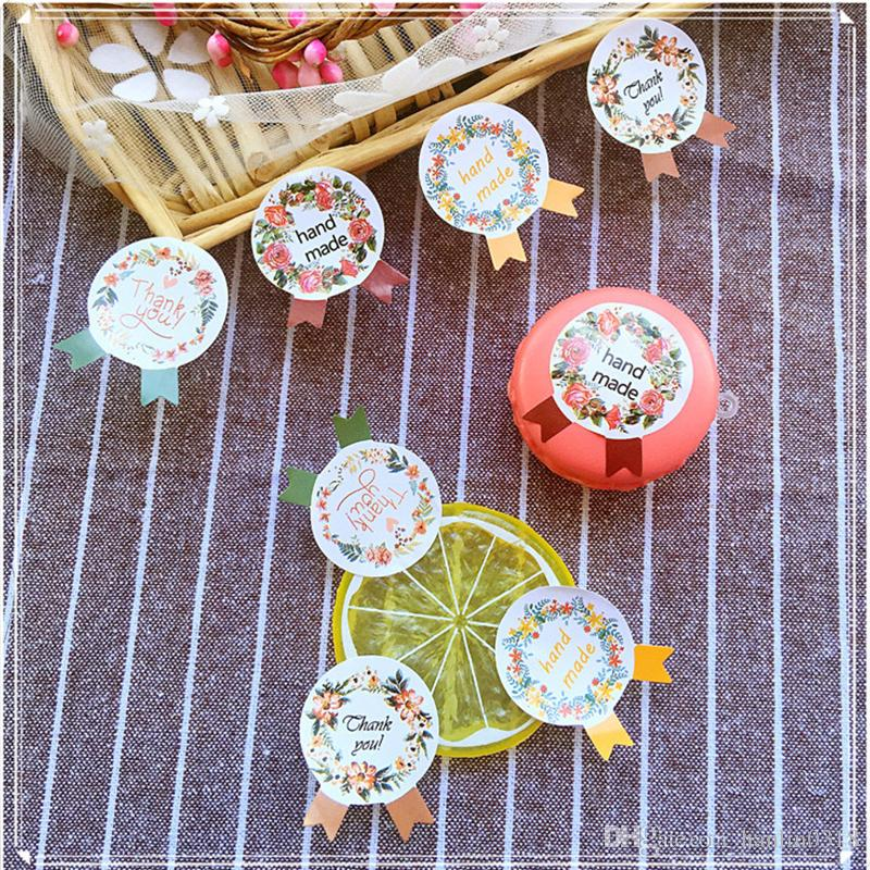 food tags round packaging label fashion and cute sticker and paster for cookie biscuit cake bakery gift packaging packaging paper flower wrapping paper