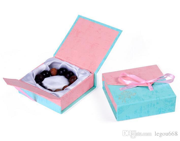 Zufällige Farbe Mode Karton Papier Großhandel 9 * 9 cm Schmuck Box Armband Box Verpackung Geschenk Armreif Box G195