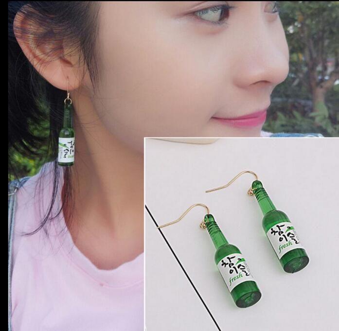 Fashion Wine Bottle Perfume Earrings Essential Oil Diffuser Earrings Charms Resin Aromatherapy DIY Nightclub Perfume Bottle pendant Jewelry