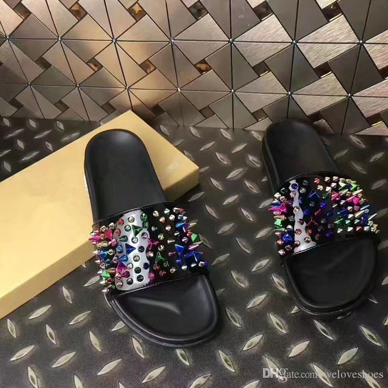 2017 fashion men sandals casual style spike stud sandals mixed color rivets beach shoes male