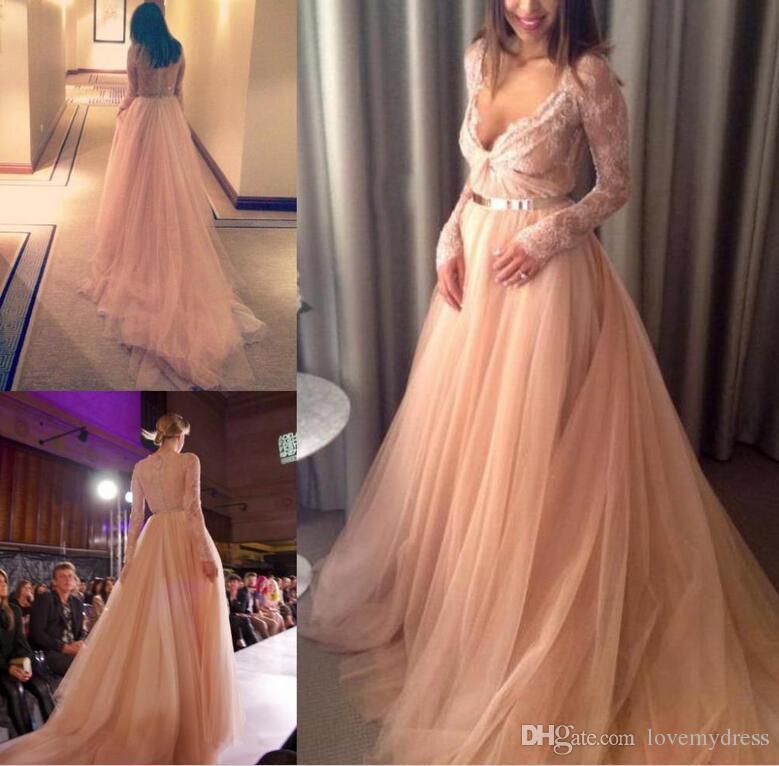 2021 Aftonklänningar Formell Lace Gown Långärmad Elegant V Neckoktor Back Iullsion Sexig Design Sweep Train A Line Party Dresses Beautiful