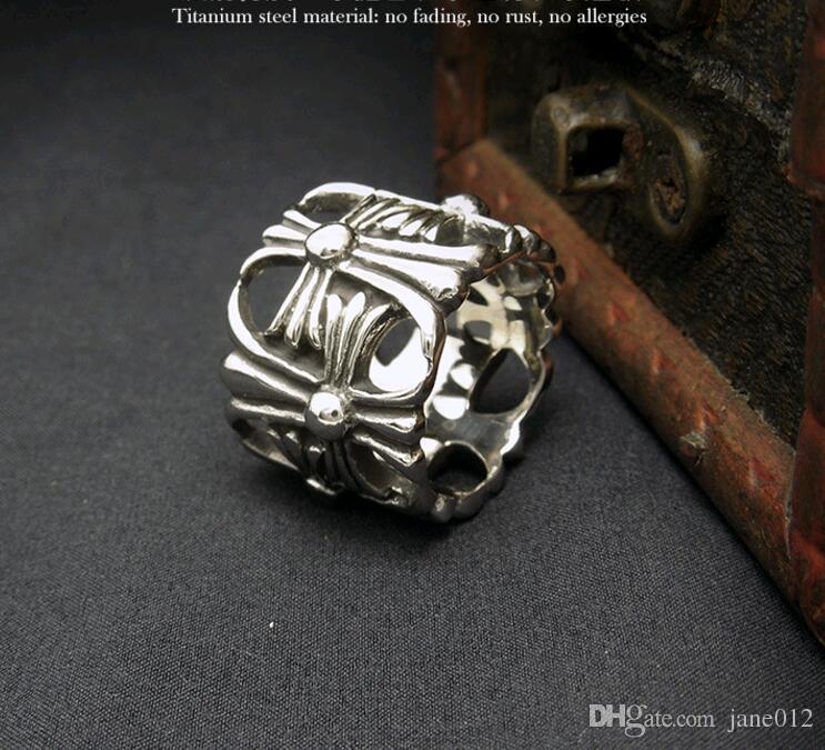Anelli da uomo Classic Antique Cross Hollow Appendice Disegni Titanium Steel Index Finger Band Ring for Women 1pz
