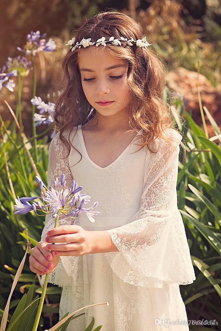 2020 New Beach Girl Vestidos Branco Marfim Boho Primeira Comunhão Vestido para a menina V-Neck manga comprida A-Line vestido de noiva barato Crianças