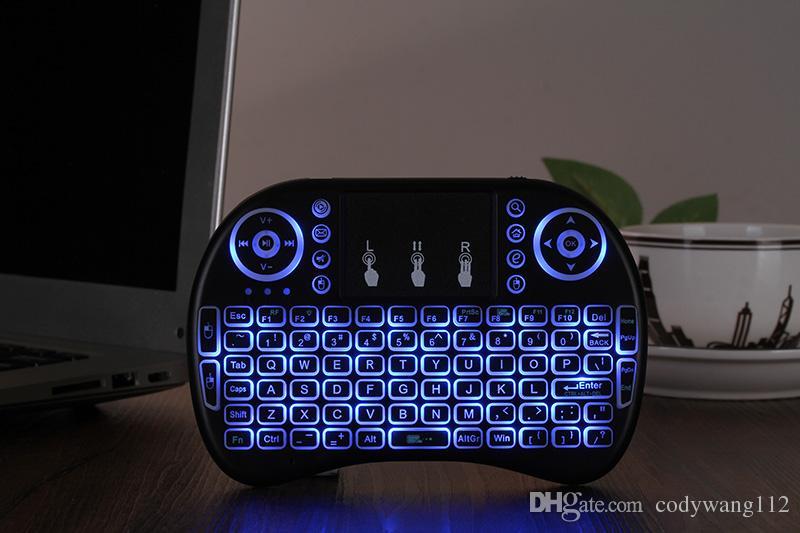 Rii I8 2.4GHz Kablosuz Fare Oyun Klavyeler Beyaz Arka Işık Çoklu renkli Arkadan aydınlatmalı Fare TV Android Kutular MXQ için Uzaktan Kumanda X96 PRO
