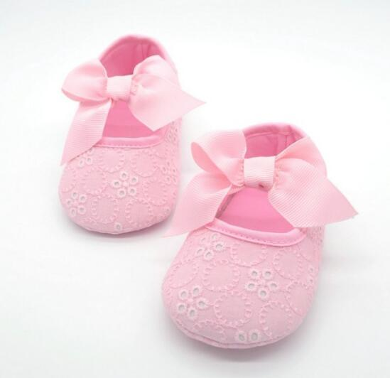 0cf233e7c6b6c Classic Girl Baby Princess Bowknot Baby Girl Lace Shoes Cute Embroidered  Canvas Toddler Crib Slippers Infant Soft Sole