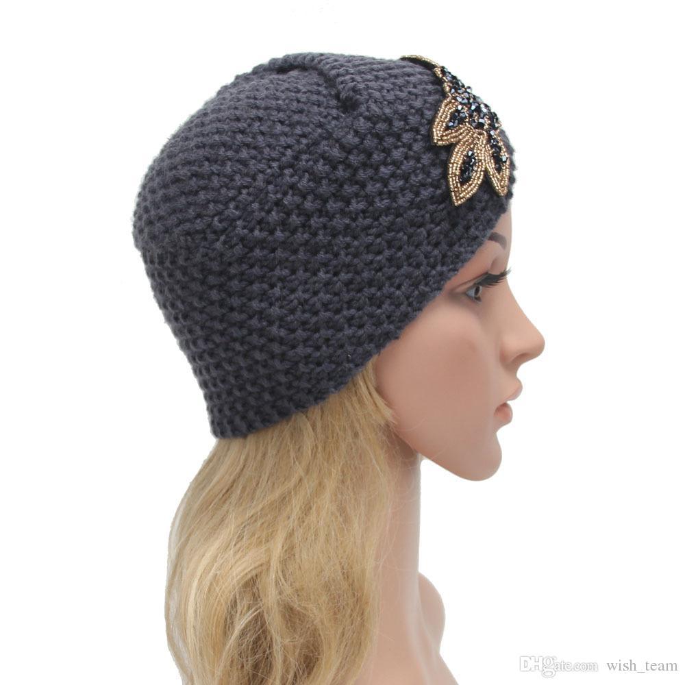 2016 New Fashion Ladies Metal Jewel Accessory Winter Warm Floral Turban Soft Knit Beanie Crochet Headwrap Women Hat Cap 4 colo