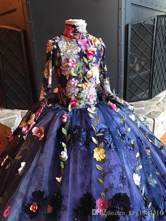 2017 Pretty Fairty Çiçek Kız Elbise Yüksek Boyun Uzun Kollu 3D Çiçek Apliques Kızlar Alayı Elbiseler Güzel El Yapımı Çiçekler Doğum Günü Elbise