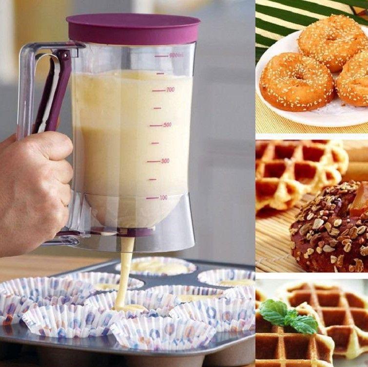 2017 Commercio all'ingrosso - 900ml di plastica Pancake Cupcake Dispenser di torta Miscela di misurazione di rilascio Brocca Cucina Strumenti di cottura