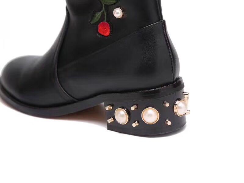 Top Qualität! U810 40/41 schwarze echte lederne rosafarbene stickerei-perle kniehohe flache stiefel mode landebahn