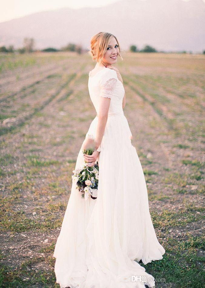 2017 Nouvelle Arrivée Simple Country Style A Ligne Robes de mariée V ecoux manches courtes en dentelle balayage Robes de mariée Ba4353