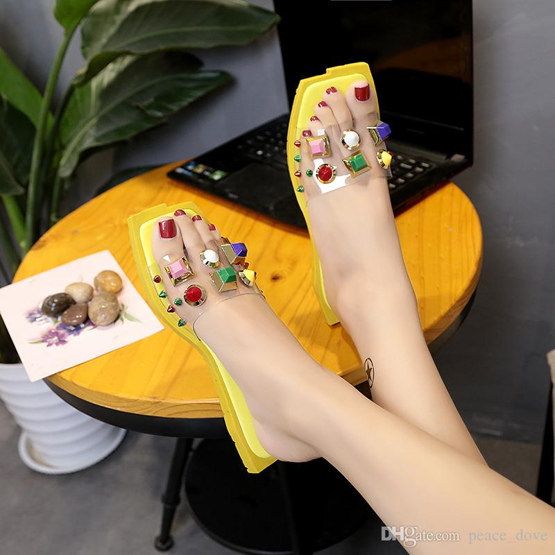 2019 summer shoes rivets crystal slippers women designer version slides Square head beach shoes designer brand cute slippers women scuffs