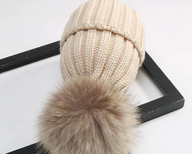 جودة إزالة ريال فرو المنك الثعلب بوم بومس الكرة أكريليك بيني الشتاء الدافئ عادي القبعات الكبار مترهل رجل إمرأة قبعة الثلج الدافئ شحن ems