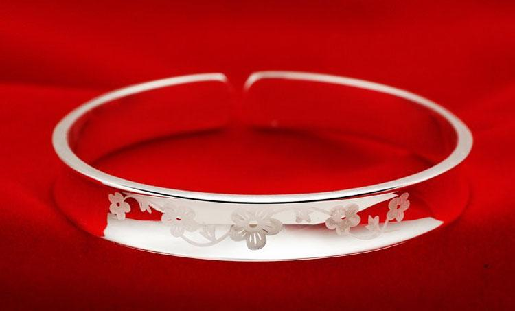 Top hot 925 sterling silver jewelry charms ethnic wedding vintage mirror face plum flower smooth bright bracelet bangle