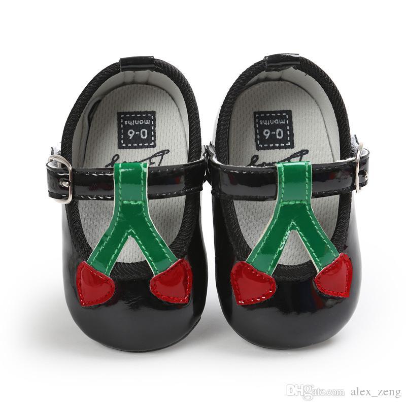 7 لون طفلة أزياء الأميرة أحذية لينة وحيد بو الجلود الأولى ووكر أحذية الأطفال maccasions الوليد مشبك حزام الأحذية a01