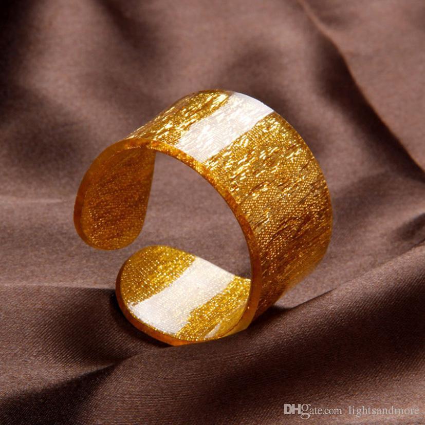 / Luxus goldene und silberne Farbe Acryl Serviettenringe für Hochzeitsausgangsparteidekoration