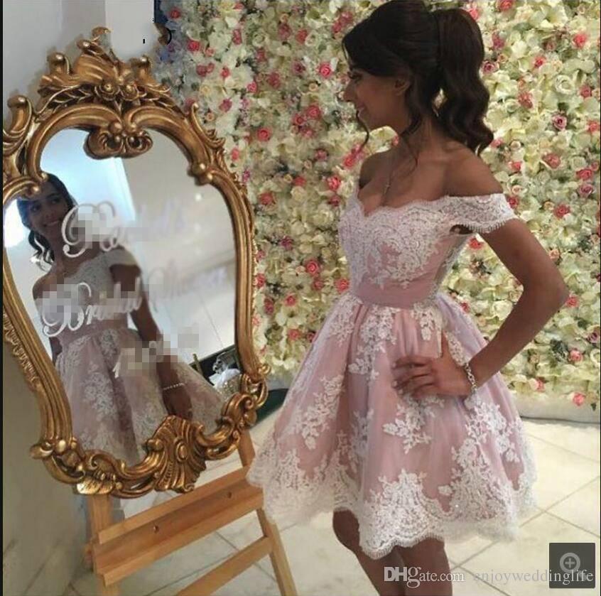 Rosa rosa fuera del hombro Mini vestidos de cóctel cortos 2017 encaje Appliqued Homecoming Vestidos Formal Party Party Wear Vintage Women Wear