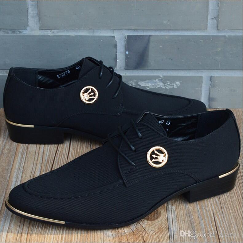 2019 Nueva Moda Oxfords Para Hombres zapatos de cuero de lona Zapatos de Boda de Cuero Genuino de Los Hombres de Moda Británica vestido Zapatos de Boda Z65