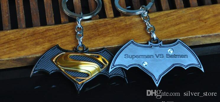 High quality New men's series of Batman War Superman pendant car male key chain KR059 Keychains a