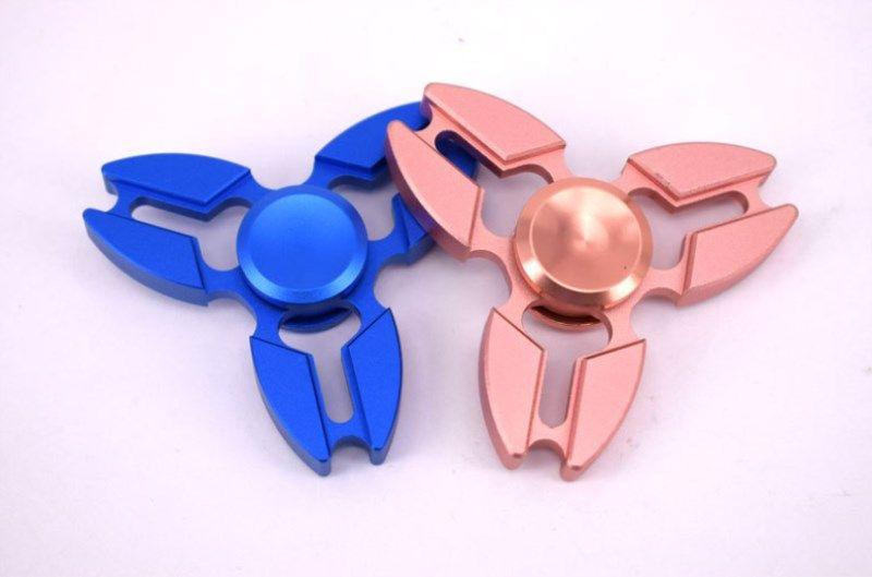 Five Color Fidget Spinner Spinning Top Crab Three Corners Fingertip Gyroscope Hand Spinner Aluminium Alloy Toys Finger Toys