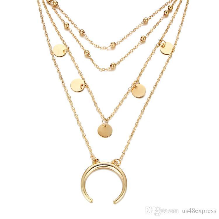 Überlagerte Mond-hängende Goldsilber-Farben-Choker-Halskette für Frauen-Art- und Weisemetallpaillette-Halskette Mehrkettenhalsketten-Fabrik-Großverkauf