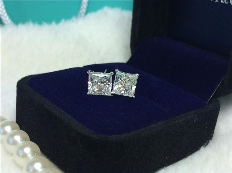 4 karat / çift popüler ekonomik Mükemmel prenses kesim sentetik elmas saplama küpe kız doğum günü partisi için promise takı