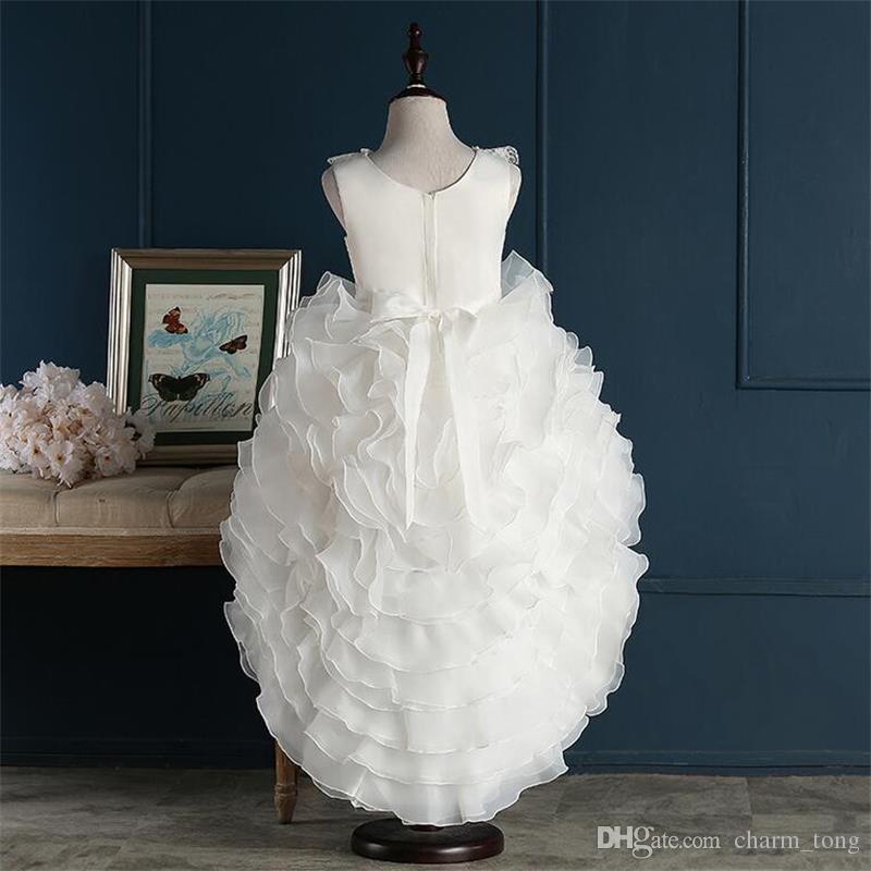 Nouvelles robes de demoiselles d'honneur vraies avec partie de train Princess Party Pageant Robe de communion pour mariage Petites filles