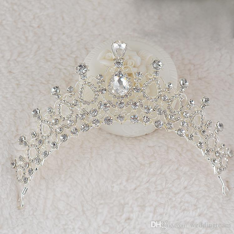 Günstige Silber Kristalle Hochzeit Tiaras Perlen Braut Kronen Diamant Kopfstücke Strass Stirnband Leuchtendes Haar Zubehör Festzug Tiara